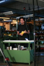 FlorisVanBommel Gele tong behind the scenes13