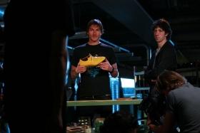 FlorisVanBommel Gele tong behind the scenes15